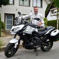 Moto-Francis