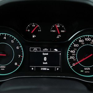 Chevrolet-Cruze-2018.jpg