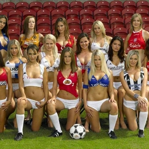 HOT-SEXY-SOCCER-BABES-playboy-15797503-800-516.jpg